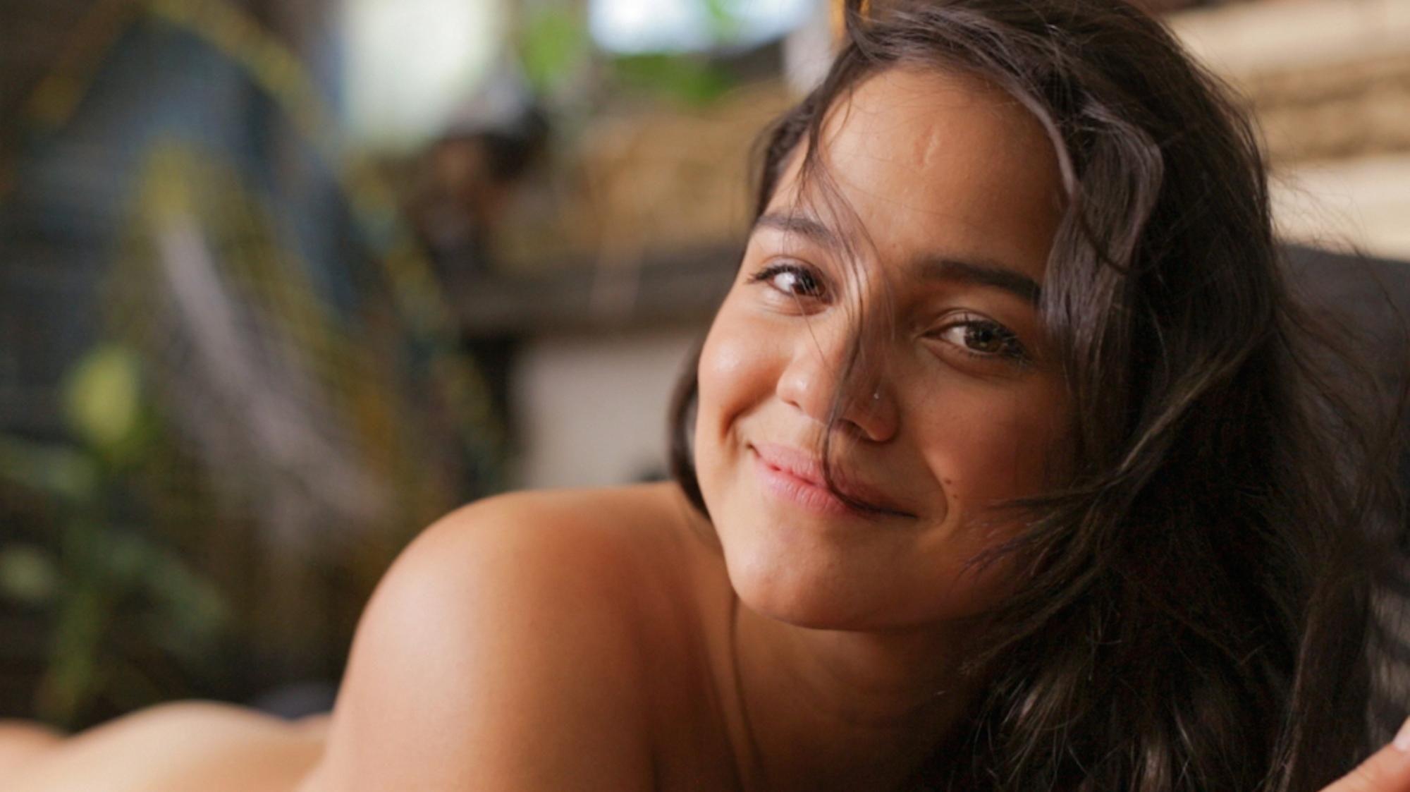 Uma das participantes dos vídeos do OMGYes (Foto: Divulgação)