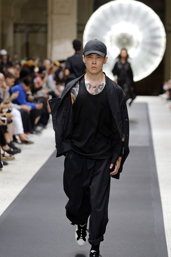 Y-3 Menswear Spring/Summer 2019 (Foto: Getty Images)