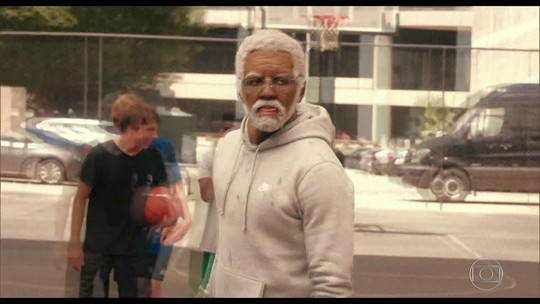 "Kyrie Irving, do Celtics, vira ""Tio Drew"" para filme de Hollywood"