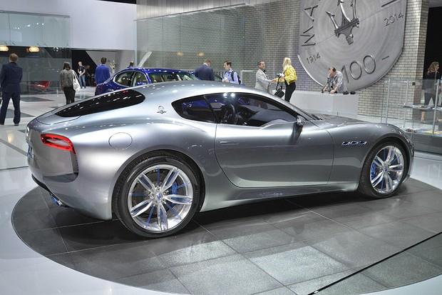 Maserati Alfieri 2+2 (Foto: Newspress)