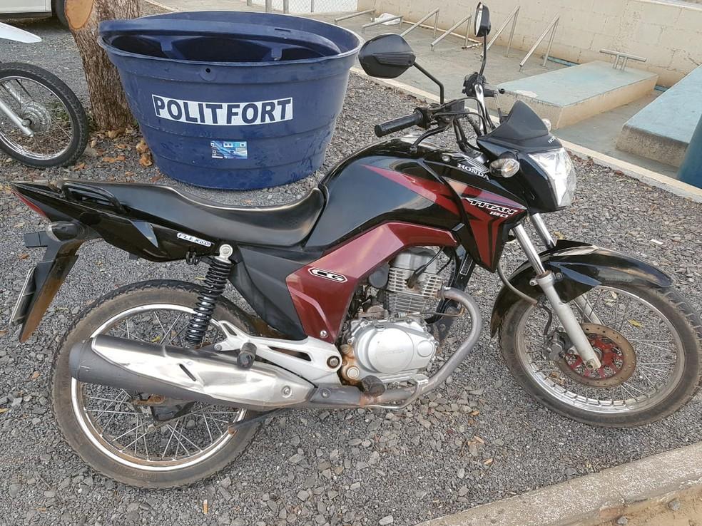 Motos foram devolvidas aos respectivos donos (Foto: Polícia Militar/Divulgação)