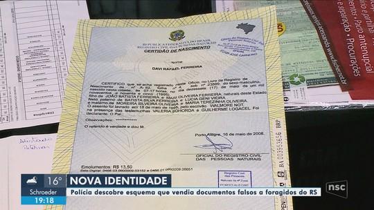 Polícia prende em SC quadrilha que fazia documentos falsos para foragidos da Justiça