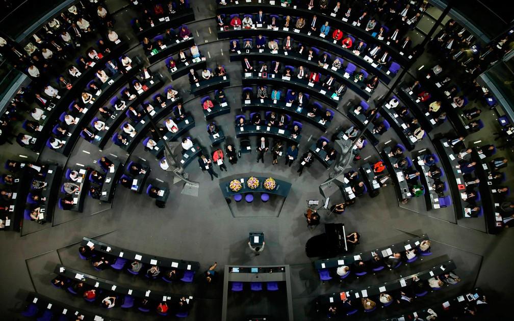 Sessão especial do Bundestag, o Parlamento alemão, em foto de 17 de janeiro de 2019 — Foto: AP Photo/Markus Schreiber