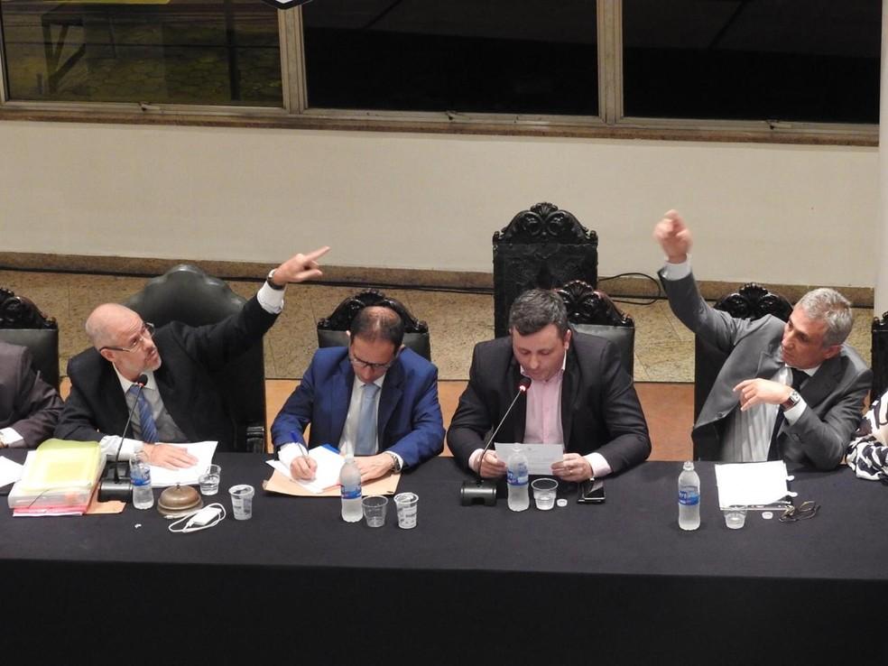 Reuniões no Conselho Deliberativo têm sido tumultuadas em ano de eleição — Foto: Fred Gomes