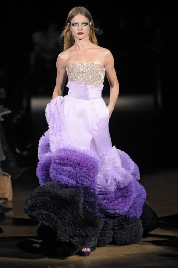 Givenchy alta-costura - verão 2010 (Foto: Getty Images)