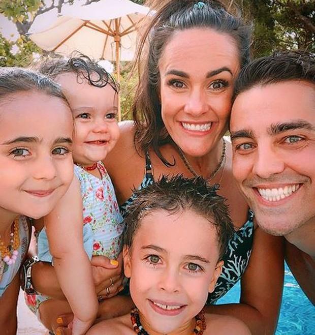 Ricardo pereira curte férias em família  (Foto: reprodução instagram)