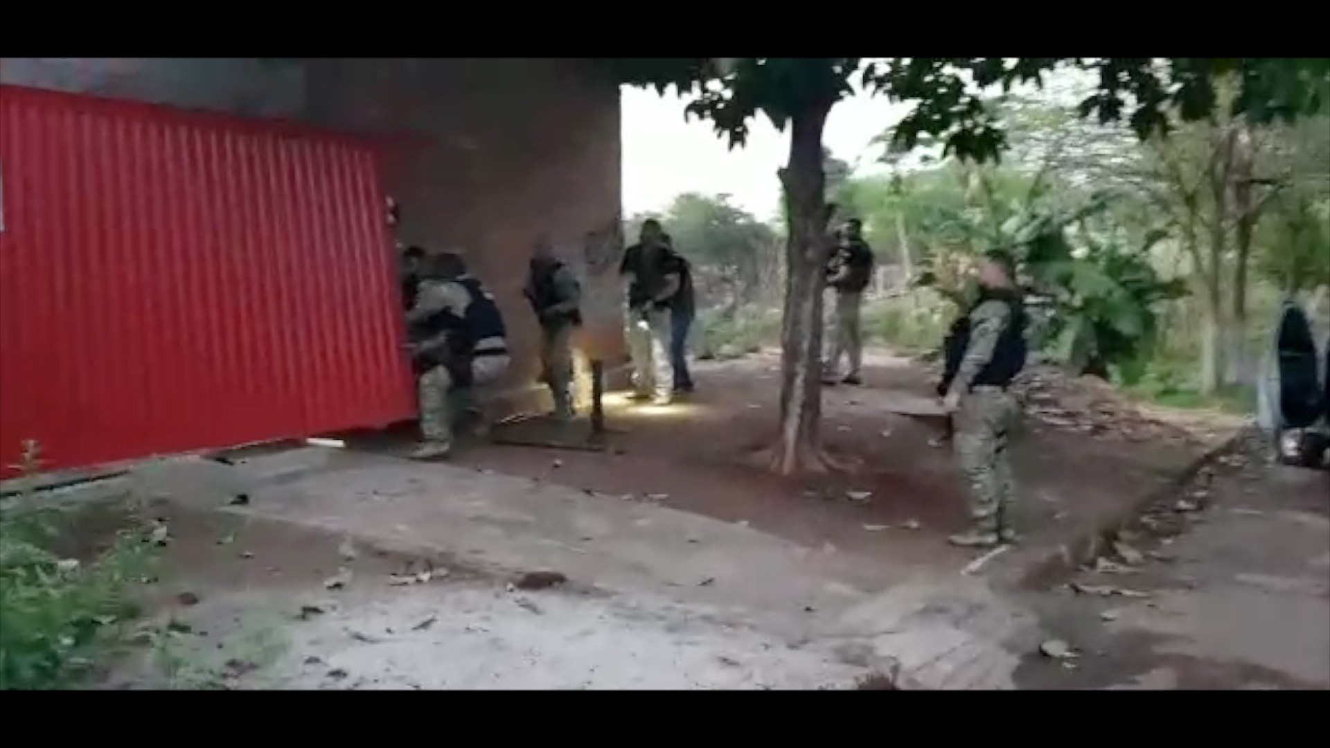 Operação da Polícia Civil cumpre mandados contra suspeitos de integrar facções criminosas - Notícias - Plantão Diário