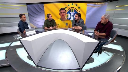 """Comentaristas analisam falta de """"camisa 9"""" na Seleção e elogiam Pedro: """"Tem poucos assim"""""""