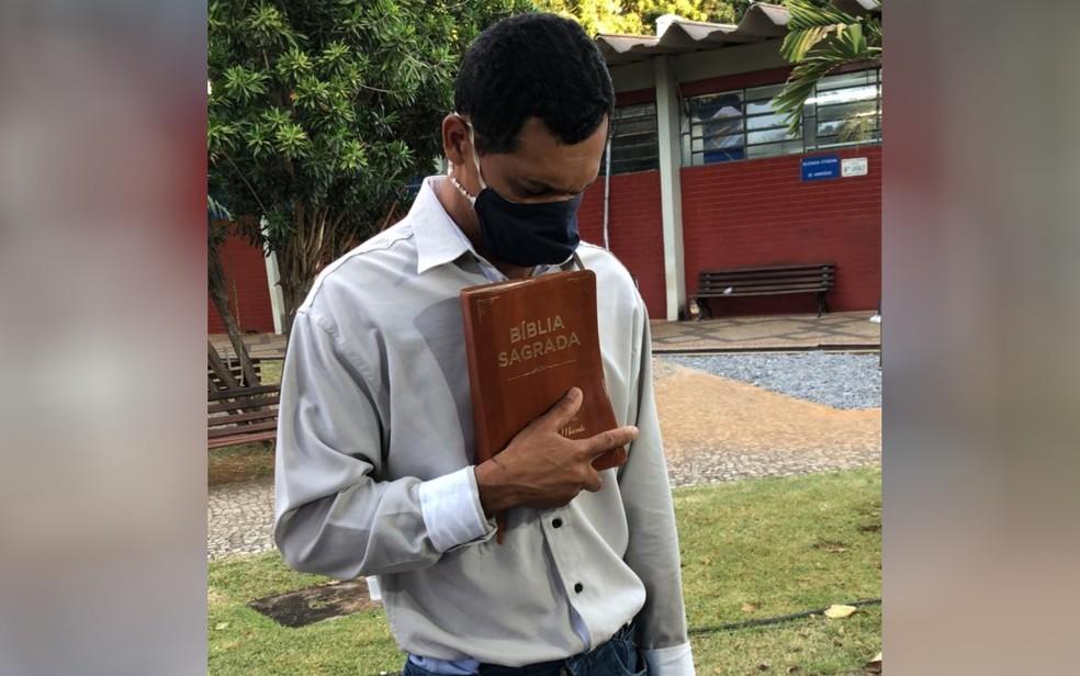 Reginaldo Lima, padrasto de Danilo Sousa, foi inocentado ao final da investigação, em Goiás — Foto: Ramón Lacerda/TV Anhanguera