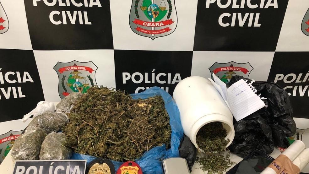 Maconha foi apreendida em uma residência de um dos estudantes. A polícia investiga outros suspeitos. — Foto: Reprodução/TV Verdes Mares