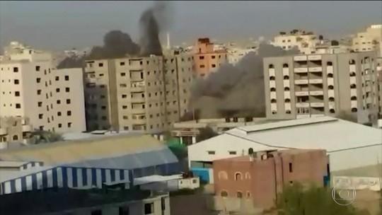 Israelenses e palestinos acertam cessar-fogo