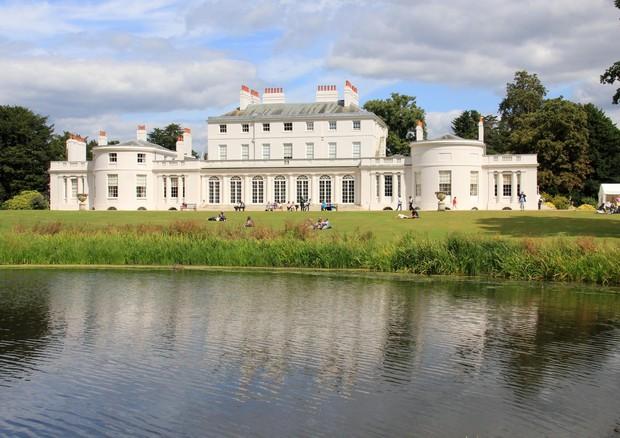 Nova residência do casal fica nas dependências da Frogmore House (Foto: Wikimedia Commons)