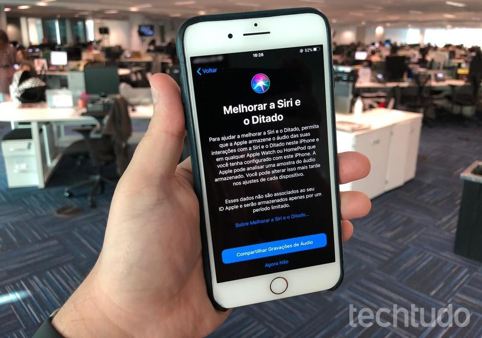 Funcionários da Apple ouviam trechos de áudios de consultas à Siri — Foto: Rubens Achilles/TechTudo