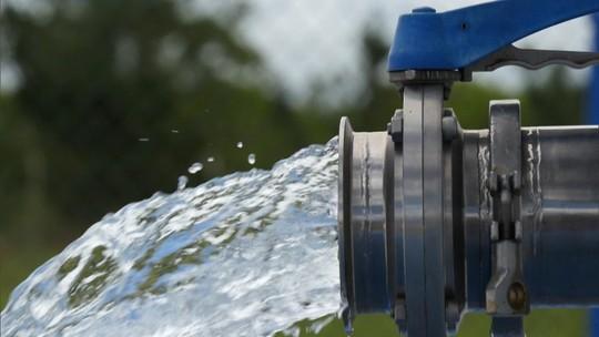 Gabeira: Dias d'Ávila vive da exploração de água mineral