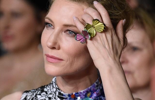 Cate Blanchett usa anel da coleção de Alta Joalheria da Chopard em Cannes. (Foto: Getty Images)
