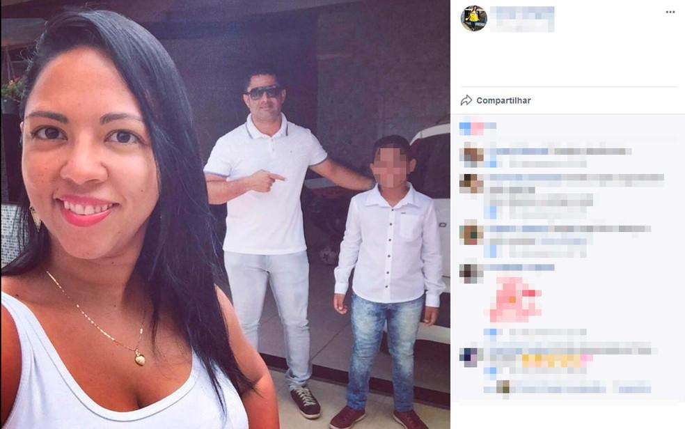 Mulher foi morta pelo ex-marido na frente do filho do casal, em Valença, na Bahia (Foto: Reprodução/Facebook)