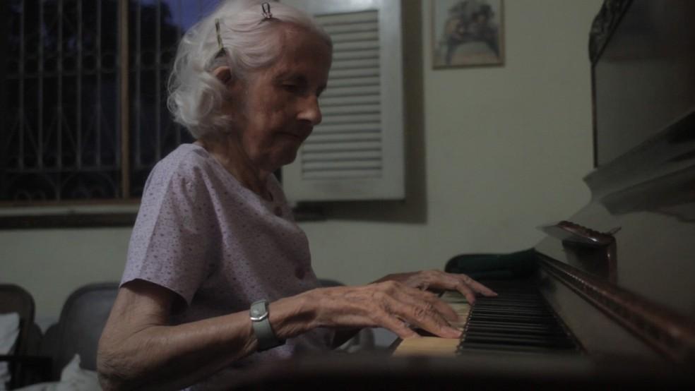 Pianista Dalva Couto morreu antes que o documentário fosse exibido — Foto: Imagens retiradas do Filme Parnahyba - as janelas olham devagar