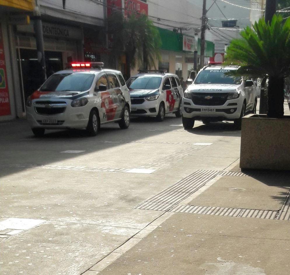 Mulheres agem em grupo para furtar farmácias no Calçadão do Centro de Presidente Prudente e uma acaba presa - Notícias - Plantão Diário