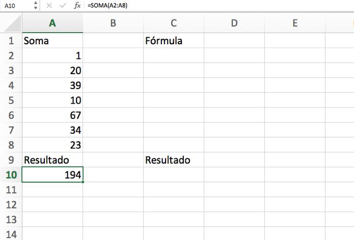 Célula que contém a fórmula que será copiada (Foto: Reprodução/André Sugai)