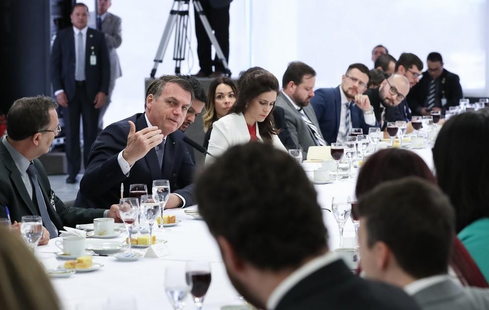 O presidente Jair Bolsonaro durante café da manhã com jornalistas no Palácio do Planalto nesta sexta-feira (14) — Foto: Marcos Corrêa/Presidência da República