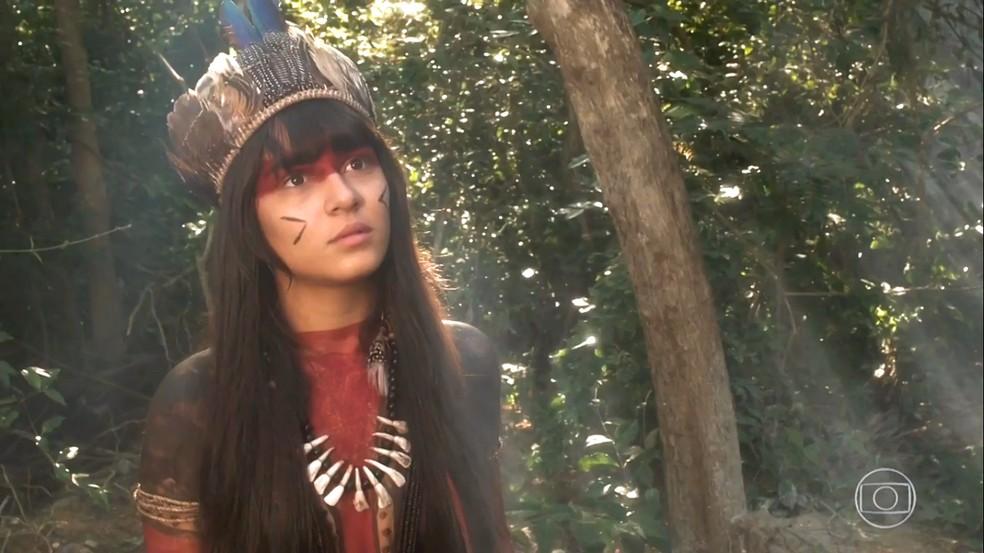 Jacira (Giullia Buscacio) não gosta de ser confrontada por Piatã (Rodrigo Simas), em 'Novo Mundo' — Foto: TV Globo