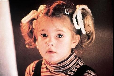 Drew Barrymore em E.T. - O Extraterrestre (Foto: Divulgação)