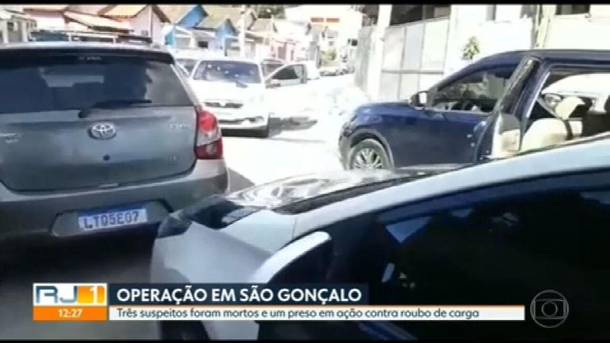 Três suspeitos morrem e um é preso em ação da Polícia Civil contra o roubo de cargas em São Gonçalo