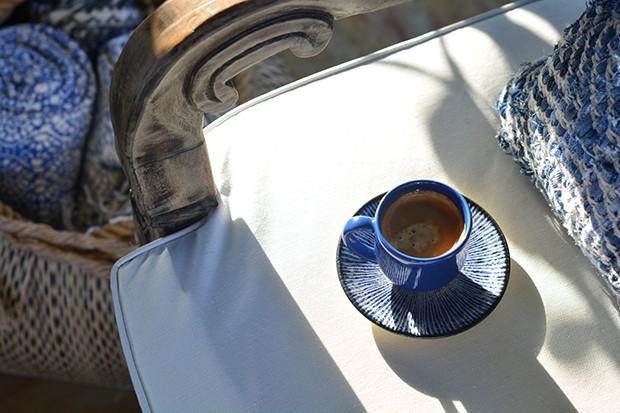 A xícara exemplifica o efeito azul nas louças (Foto: Foto: Divulgação)