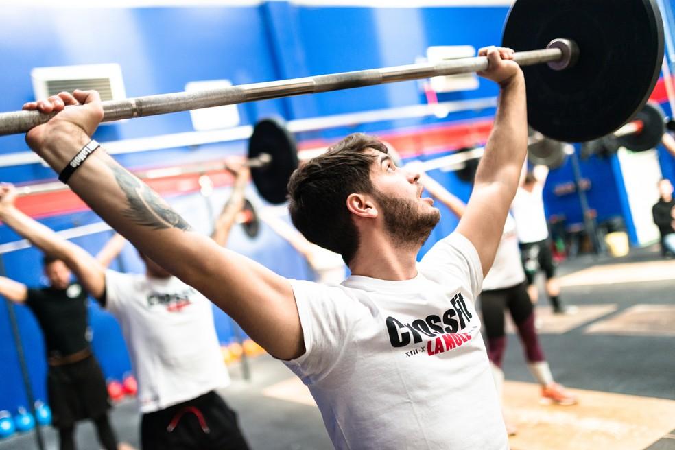 Levantamento de peso olímpico, o LPO, é uma das modalidades do crossfit (Foto: iStock Getty Images)
