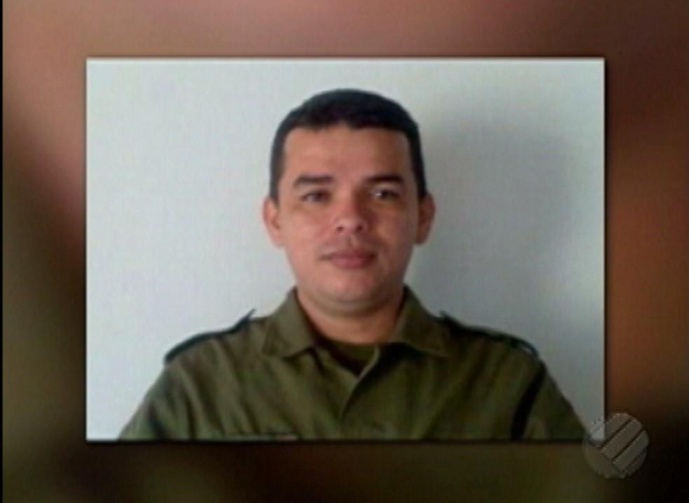 -  Cabo da Polícia Militar Marcelo Costa de Carvalho foi atingido na manhã desta sexta-feira  9   Foto: Reprodução/TV Liberal