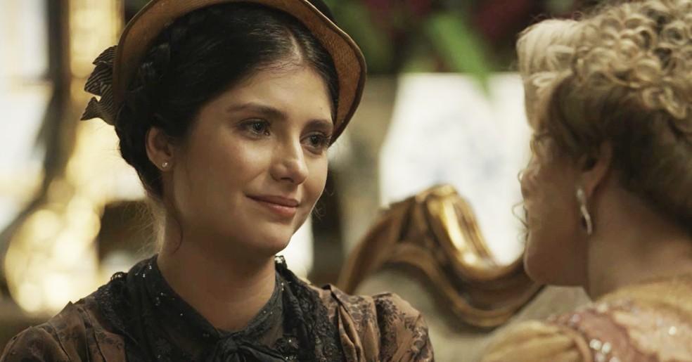 Fani aceita ajudar Josephine no plano contra Tibúrcio (Foto: TV Globo)