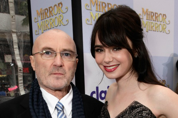 O cantor Phil Collins e a filha, Lily Collin (Foto: Getty Images)