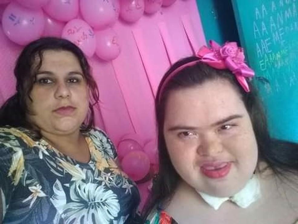 Amanda tinha Síndrome de Down e foi diagnosticada duas vezes com Covid em Taquarivaí — Foto: Arquivo pessoal/Maria Angélica Santos Oliveira
