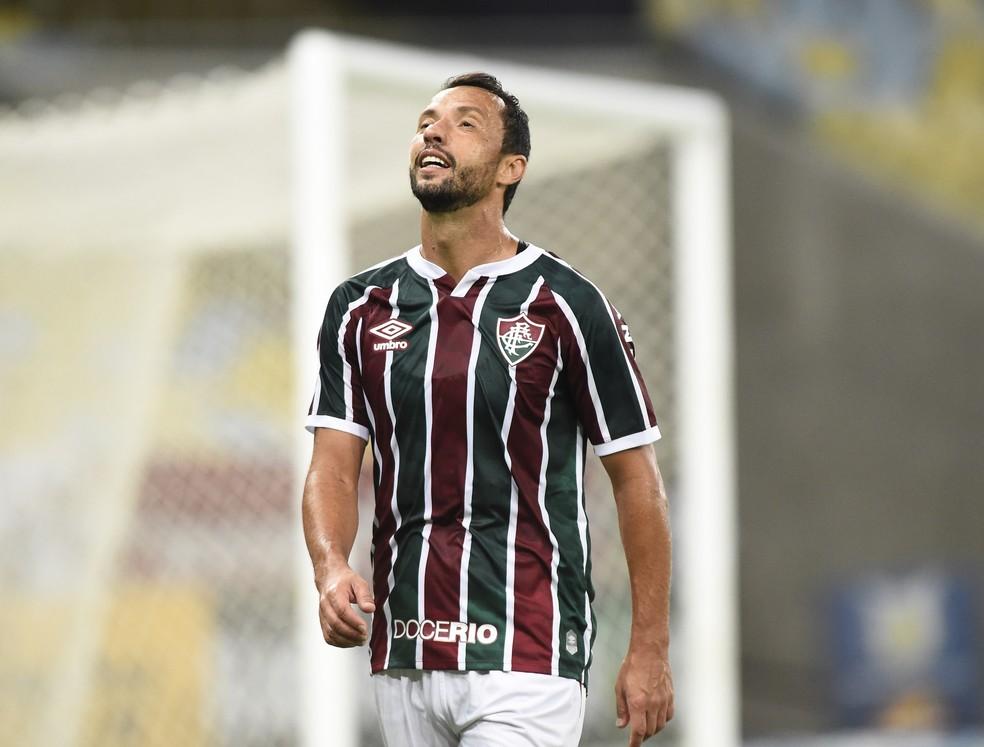 Nenê em ação pelo Fluminense — Foto: André Durão / ge