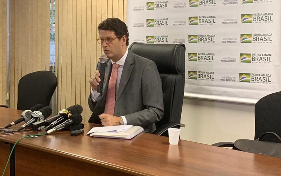 Ministro do Meio Ambiente, Ricardo Salles, diz ter analisado 1/4 dos contratos do Fundo Amazônia e verificado inconsistências nesta sexta (17). — Foto: Patrícia Figueiredo/G1