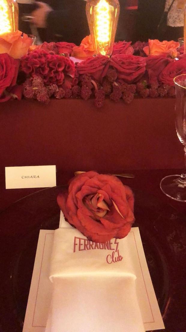 Casamento Chiara Ferragni e Fedez: Decoração de mesa do jantar de ensaio (Foto: Instagram/Reprodução)