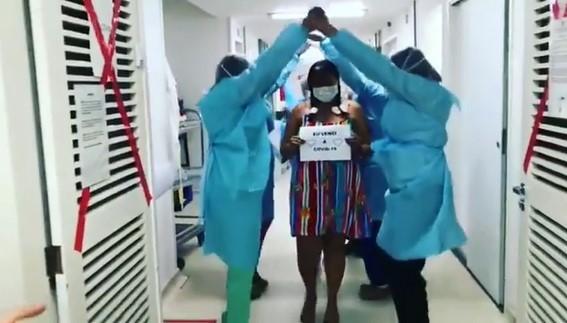 Após 9 dias internada com Covid, paciente tem alta de hospital com quadrilha junina