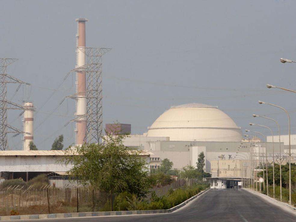 Reator nuclear localizado em Busherh, ao sul do Irã (Foto: AP )