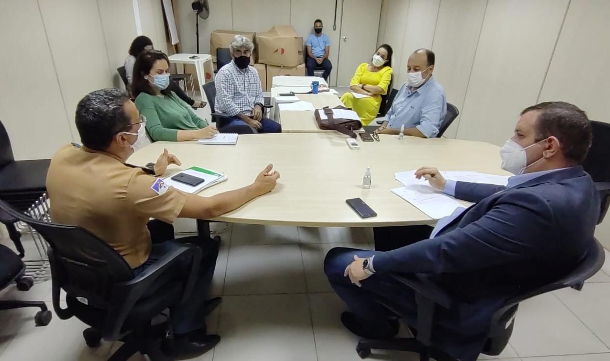 Governo discute elaboração de protocolos para realização de eventos em Fernando de Noronha