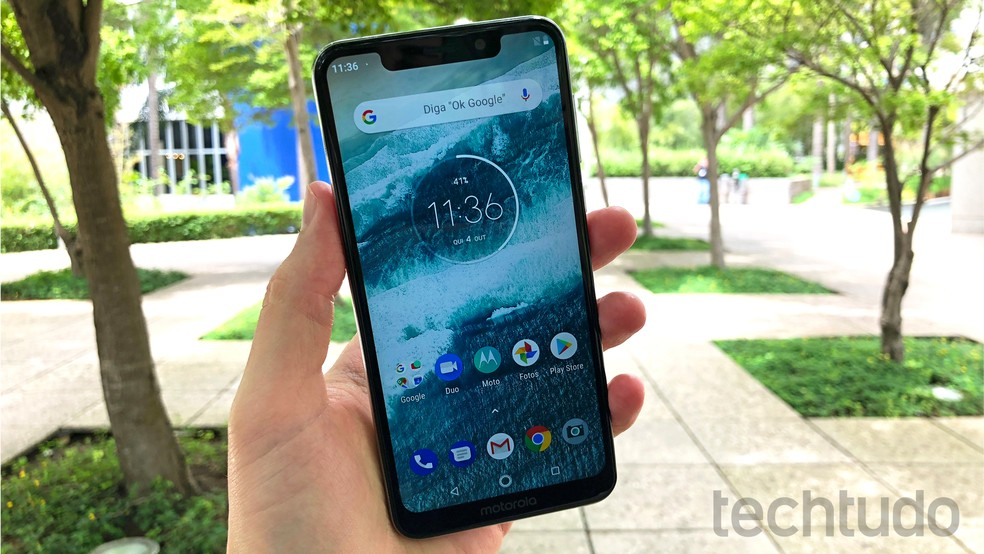 Motorola One tem preço competitivo — Foto: Thássius Veloso/TechTudo