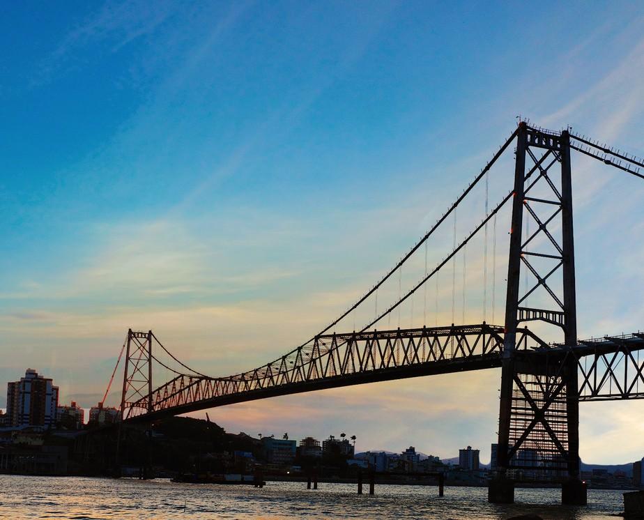 Ponte Hercílio Luz: engenharia e inovação para ligar Florianópolis ...