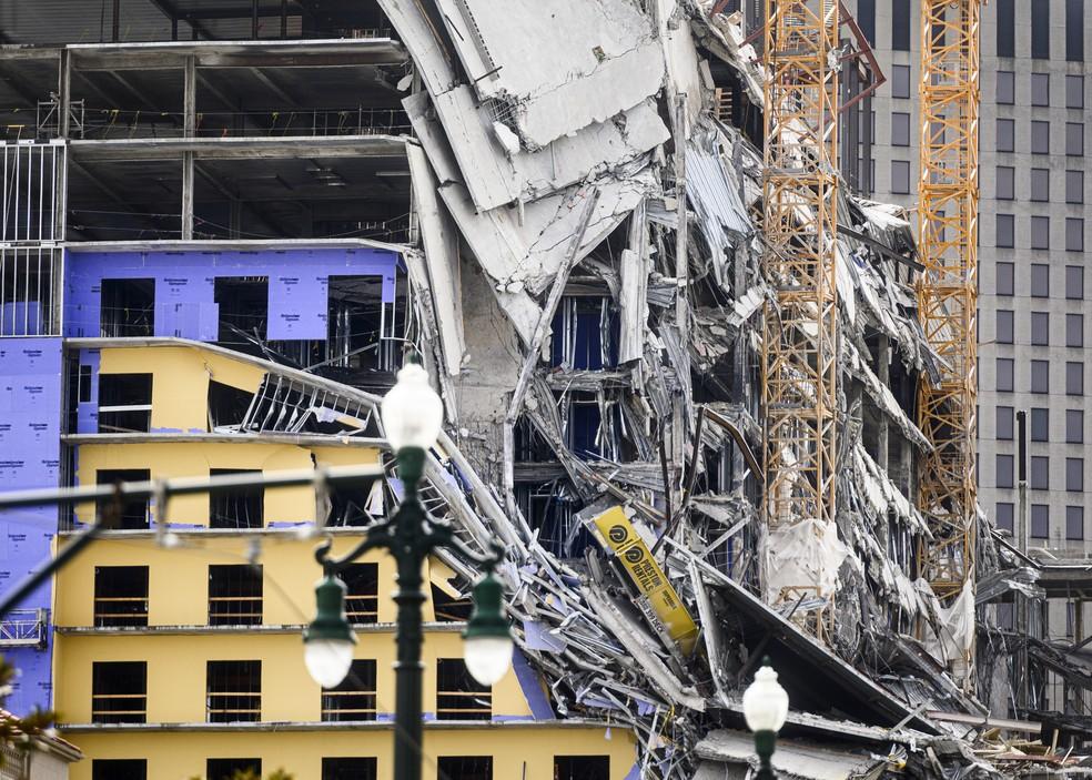 Hotel que desabou em Nova Orleans, nos Estados Unidos — Foto: Emily Kask/AFP