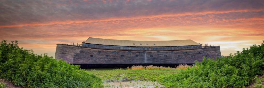 Visão externa da reconstrução da Arca de Noé (Foto: divulgação)