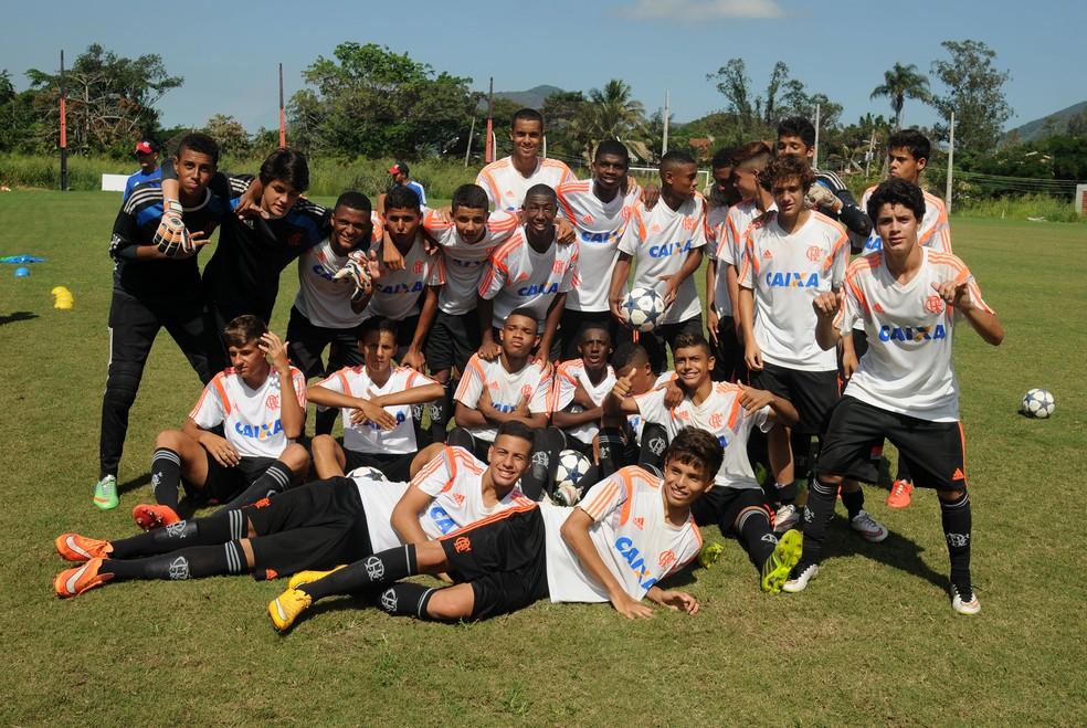 Equipe Sub-15 do Flamengo  em 2015: geração 2000 já era ''badalada'' (Foto: André Durão/GloboEsporte.com)