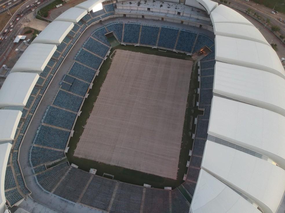 Arena das Dunas vista de cima: gramado ficou coberto de areia — Foto: Diego Simonetti/Blog do Major