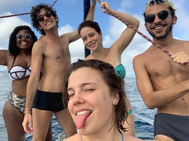 Leandra Leal, Alice Wegmann e amigos (Foto: Reprodução/Instagram)