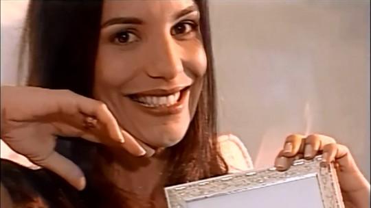 Reveja o álbum de fotos de Ivete Sangalo em matéria há 20 anos no 'Vídeo Show'