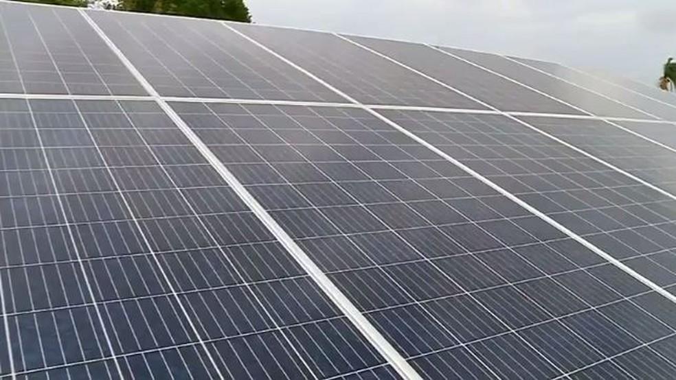 Moradores apostam em energia solar — Foto: Reprodução/TV TEM