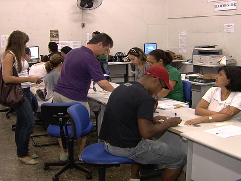 Cartórios eleitorais e justificativas de votos — Foto: Reprodução/TV Anhanguera