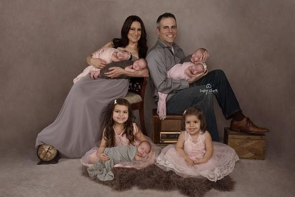Sete filhos (Foto: Reprodução/Facebook)